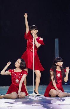 Perfume – The Best Perfume Glamour, J Pop, Girl Bands, Perfume Live, Perfume Jpop