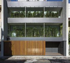 Casa 12×12 / Bernardes Arquitetura