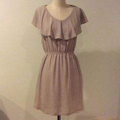Forever 21 taupe sleeveless dress Fully lined - super cute dress Forever 21 Dresses Midi