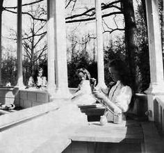 grand duchesses maria, anastasia and olga paint in one of the pagoda's in alexander palace park