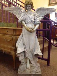 Indoor/outdoor angel has detachable wings $129