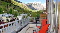 Dying to stay in Telluride but don't want to blow your vacation budget? Enjoy the fifth night free in our Willow 302 Telluride rental. This special offer applies to direct bookings and new reservations only. Use promo code WILLOW at checkout. Learn more: http://silverstartelluride.com/special-offers/
