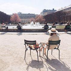Lovely afternoon at le Jardin du Palais-Royal | Jenny of Margo & Me