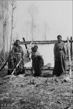 Hide tanning, Chippewa, Alberta, en 1918