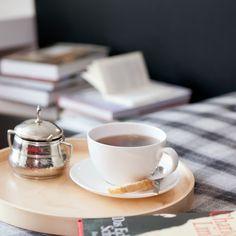 For bookworms | Daybed | Design Apartment HERLINDE | Ferienwohnung | Mellau-Damüls Faschina Skischaukel