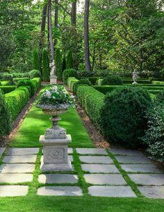 A gorgeous Birmingham garden designed by the talented Troy Rhone Backyard Pool Landscaping, Front Yard Landscaping, Patio, Garden Inspiration, Garden Ideas, Backyard Makeover, Unique Gardens, Garden Features, Dream Garden