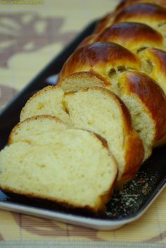Banana Bread, Breads, Food, Bread Rolls, Bread, Meals, Bakeries, Yemek, Patisserie