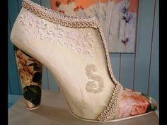 How to make Cartapesta in vintage shoes - Fodtøj - Zapatos Decoupage Shoes, Diy Fashion, Fashion Tips, Fashion Hacks, Vintage Romance, Shoe Last, Painted Shoes, Diy Clothing, Vintage Shoes