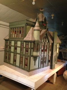 Dollhouse Carson Mansion 1:12 scale by Ron James