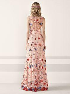 80b5f9c601 Foto de vestidos de fiesta de Pronovias 2019 (62 161) Junior Dresses