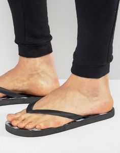Cheats And Thieves Marble Flip Flops - Black
