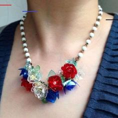 Blooming Jewels - Recycled Plastic Bottles into Amazing Jewelry Pet Plastic Bottles, Plastic Bottle Flowers, Recycled Bottles, Old Bottles, Recycled Art, Repurposed, Bottle Jewelry, Jewelry Gifts, Crystal Beads