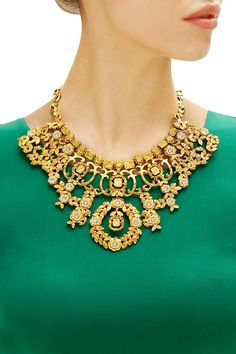 Gold finish fold metal jaal necklace by Rohita and Deepa. Shop now: www.perniaspopups.... #necklace #charming #designer #rohitaanddeepa #pretty #accessory #shopnow #perniaspopupshop #happyshopping