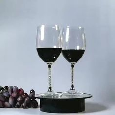 Wine Glass Red Factory Wholesale Customizable Champagne Glass Crystal Diamond Wine Glass Goblet - Buy Red Wine Glass,Crystal Diamond Wine Glass,Goblet Product on Alibaba.com Crystal Pen, Crystal Diamond, Crystal Gifts, Nice Gifts, Best Gifts, Pet Bottle, Glass Material, Crystal Wedding, Craft Gifts