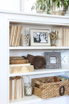 How to beautifully style built-ins or bookcases. Bre of Rooms FOR Rent Blog shares tips for cutting clutter and highlighting these style elements.