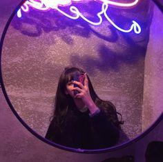 girl, ulzzang, and grunge image Ulzzang Girl Selca, Mode Ulzzang, Ulzzang Korean Girl, Ulzzang Couple, Purple Aesthetic, Aesthetic Girl, Girls Mirror, Uzzlang Girl, Cute Poses