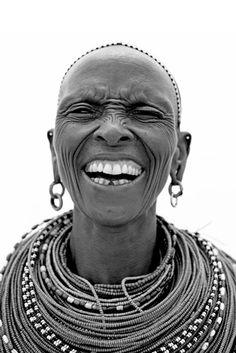 África |  El pueblo Samburu , que se refiere a nivel local como Pueblo Butterly. © Lyle Owerko