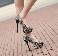 and As Beautiful as Flowers Peep-toe Heels