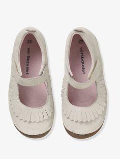 716acc74a34f3 Chaussons ballerines fille en cuir beige clair metallisé - Une jolie forme  ballerine pour des chaussons