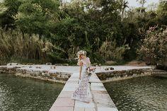 Η φωτογράφηση που διοργανώθηκε και επιμελήθηκε άψογα από τη Belli Momentiστην Κέρκυρα είναι... πανέμορφη. Από τον συνδυασμό των χρωμάτων (pale peach και μ