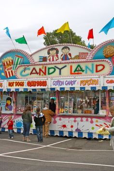 I'll take you to the candy shop. Carnival Food, Carnival Rides, Colorful Candy, Candy Colors, Candy Popcorn, Penny Candy, Let Your Hair Down, Happy Trails, Candyland
