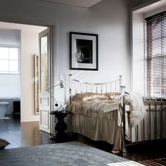 Glamorous And Stunning Bedroom Ideas - Recycle Art