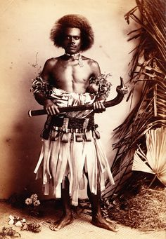 Fijian Warrior 1880 with Fijian Totokia club. Fiji People, My People, Melanesian People, Fiji Culture, Beautiful Sunrise, Ocean Art, Historical Pictures, Tribal Art, Black History