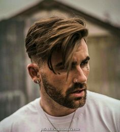 Short Fade Haircut on the Sides and Back with Long Side Swept Hair on Top, Best Haircuts For Men: Cool Men's Hairstyles To Get Right Now - Short, Medium and Long Hair Guys für Männer Medium Top 35 Popular Men's Haircuts + Hairstyles For Men Guide) Popular Mens Haircuts, Cool Hairstyles For Men, Cool Haircuts, Hairstyles Haircuts, Hairstyle Ideas, Mens Hairstyles Medium Undercut, Casual Hairstyles, Quick Hairstyles, Hairstyle For Man