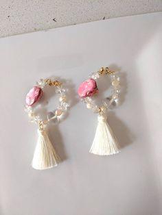 Rococo style earrings with pick seashell, crystal and freshwater pearl. Pearl Earrings, Jewellery Earrings, Drop Earrings, Jewelry, Rococo Style, Fresh Water, Earrings Handmade, Sea Shells, My Etsy Shop