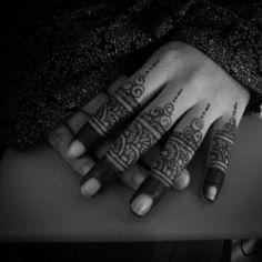 Dipped fingertips and flowers fingertips mehndi Mehndi Style, Mehndi Designs For Fingers, Mehendi, Henna, Design Inspiration, Simple, Flowers, Art, Tattoos