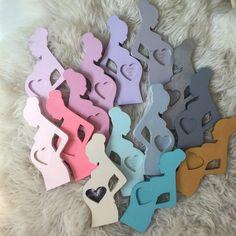 Bilderrahmen für das aller erste Foto Ihres Babys. Super Geschenk für werdende Mütter oder Babyshower oder Geburt. In zwei Farben erhältlich: elfenbein und...