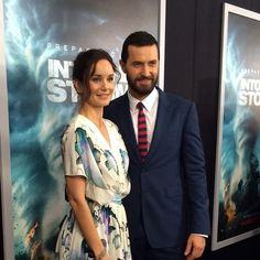 #SarahWayneCallies on the carpet with dashing Richard Armitage #IntoTheStorm @WBPictures http://instagram.com/enews pic.twitter.com/Bnfor3wBNs
