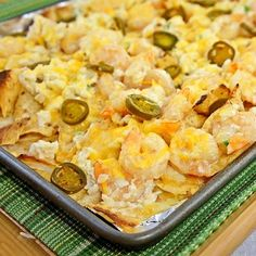 The Kitchen Life of a Navy Wife: Shrimp-and-Crab Nachos Check out the website to see Seafood Dishes, Seafood Recipes, Mexican Food Recipes, Appetizer Recipes, Cooking Recipes, Ethnic Recipes, Dip Recipes, Hot Appetizers, Skillet Recipes