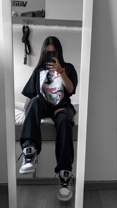 Swaggy Outfits, Tomboy Outfits, Tomboy Fashion, Teen Fashion Outfits, Retro Outfits, Grunge Outfits, Cute Casual Outfits, Look Fashion, Streetwear Fashion