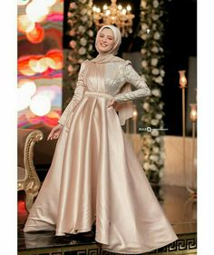 Hijab Evening Dress, Hijab Dress Party, Long Gown Dress, Evening Dresses, Long Sleeve Wedding Dress Boho, Wedding Flower Girl Dresses, Girls Dresses, Prom Dresses, Fashion Dresses