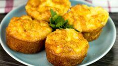 Umple forma pentru brioșe cu ouă și cașcaval și în puțin timp vei obține o capodoperă culinară! - savuros.info Vegan Recipes, Vegan Food, Muffins, Breakfast, Shapes, Muffin, Vegan Sos Free, Vegan Meals, Vegetarian Food