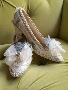 Stunning Marie Antoinette Shoes by HexHeartHollow on Etsy