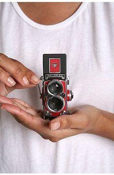 Rolleiflex mini digi....SO CUTE!!! #vintagecameras