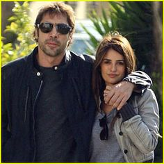 Penelope Cruz & Javier Bardem are coming to visit. I'm so excited. They stopped by here last year and had a lovely holiday here.....
