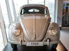 Classic VW - jan-the-1949-beetle-proudly-displayed-in-the-upgraded-volkswagen-autopavilion-1