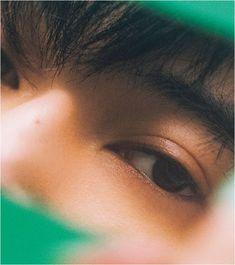 美の革命児<FIVEISM × THREE>が提案する ジェンダーフルイドビューティ - NYLON JAPAN Aesthetic Eyes, Aesthetic People, Cute Love Pictures, Boy Pictures, Cute Boy Pic, Korean Best Friends, Man Japan, Ryo Yoshizawa, Eye Sketch