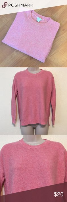 "J.Crew Pink Cotton Sweater Lovely pink loose fitting sweater. 100% Cotton. Slightly longer in back. Gently worn   Underarm to underarm: 20"" Length from top of shoulder to bottom bottom: 21"" J. Crew Sweaters Crew & Scoop Necks"