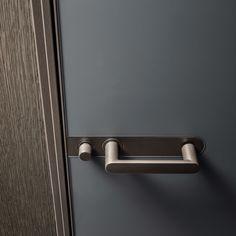 #rimadesio link+ door, brown aluminium slim frame and grigio ardesia matt lacquered glass