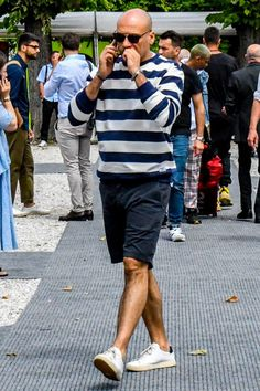 Light and Active Dressing & Items-Page 2 - Best Fashions for All Simple Outfits, Summer Outfits, Fashion Pants, Mens Fashion, Nautical Fashion, Aesthetic Fashion, Men Looks, Everyday Outfits, Daily Fashion