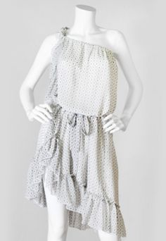 Fun and Sexy! www.indigobleufashion.com  #ruffles #indigobleufashion #boho #fashion #womenfashion #bohemian