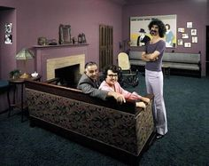 Pictures of Grace Slick, Eric Clapton, Donovan, Jackson David Crosby, Frank Zappa pictures all taken at their parents houses. Check out that awesome decor! Frank Zappa, Rock And Roll, Rock & Pop, Grace Slick, Joe Cocker, Hot Shots, Eric Clapton, Blue Soul, Divas