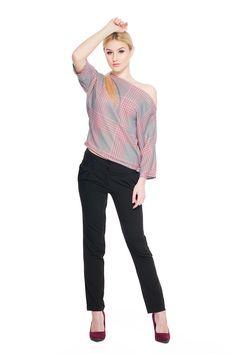 Spodnie z szerokim pasem SL4001B www.fajne-sukienki.pl Capri Pants, Fashion, Moda, Capri Trousers, Fashion Styles, Fashion Illustrations