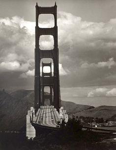 firsttimeuser:      Max Yavno       Golden Gate Bridge, San Francisco, 1947    Thank youluzfosca