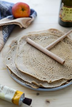 Galettes mit Buchweizenmehl Food Inspiration, Good Food, Food Porn, Paleo, Food And Drink, Vegetarian, Lunch, Healthy Recipes, Homemade