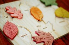 Wooden Leaf Puzzle Fall Colors par justhatched sur Etsy